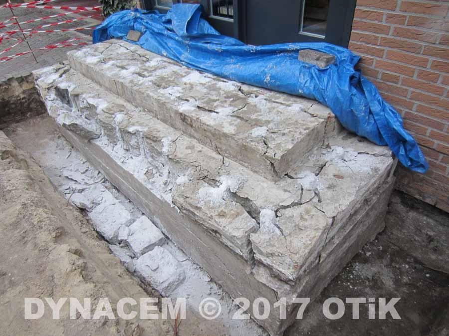 abrei en und entfernen einer betontreppe fundament einer haustreppe aus beton mit dem nicht. Black Bedroom Furniture Sets. Home Design Ideas